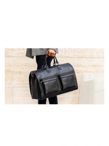 garment weekender bag hookalbert black leather lifestyle 2