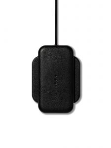 catch 1 wireless charger black currant carry